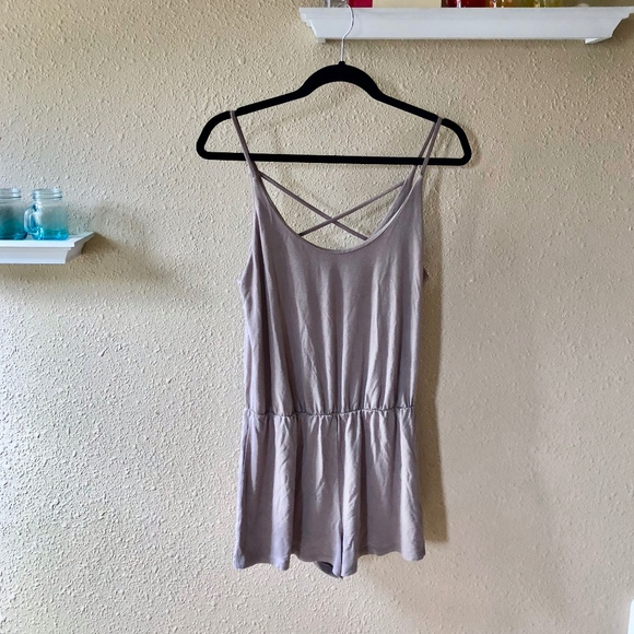 24f180b34c9 FOREVER21  TAN ROMPER WITH CROSS BACK